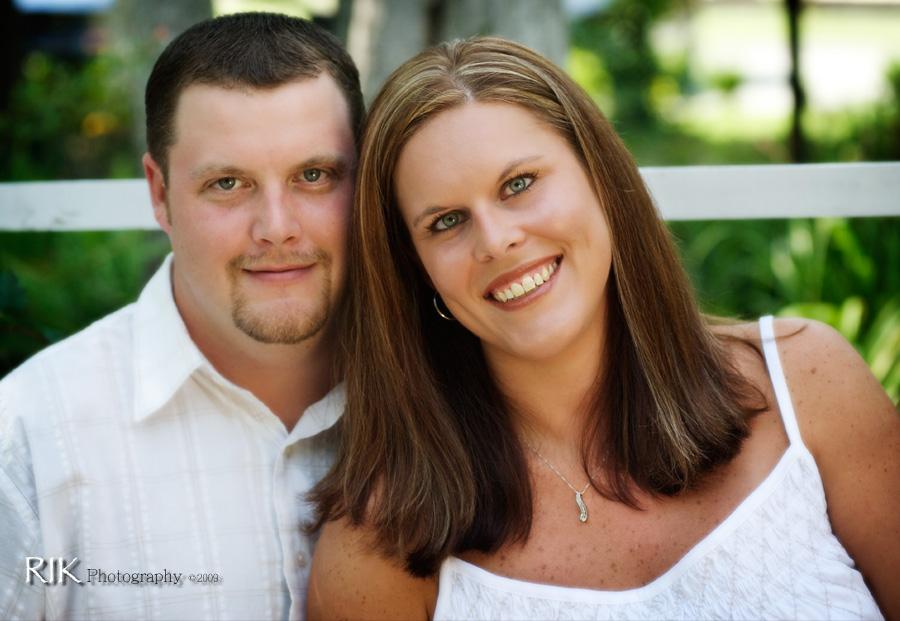 Leann and Scott Engagement photo 1