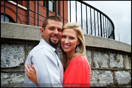 couple in front of Sevier County Courthouse