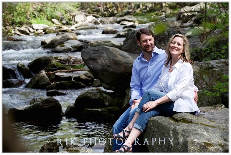 Couple on the rocks